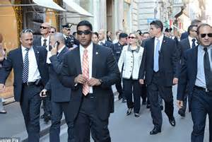 Hillary Clinton Armed Security Detail
